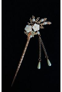 Канзаши в волосы с цветами
