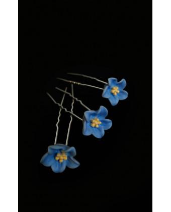 Шпилька в волосы цветочек голубой