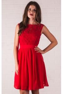 Красное коктейльное платье с кружевом