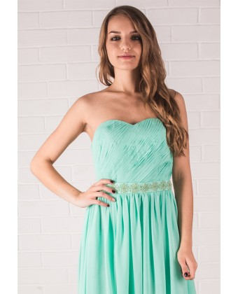 Нежное салатовое платье с декором