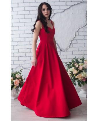 Красное длинное вечернее платье