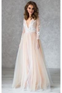 Необычное свадебное платье с рукавом на нюдовой подкладе
