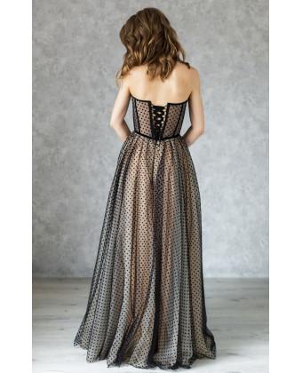 Вечернее платье на корсете в горошек
