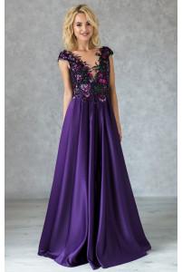 Вечернее платье с расшитым лифом