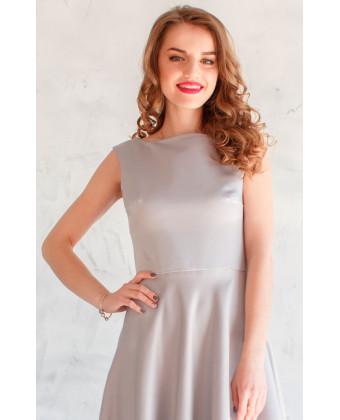 Элегантное платье в сером цвете
