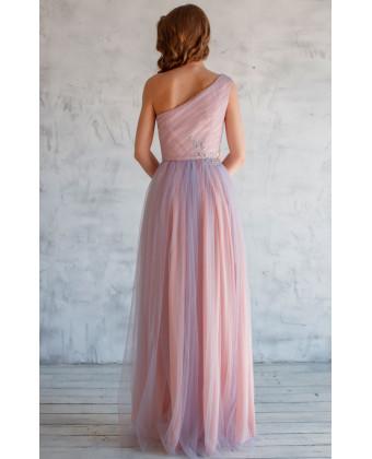 Нежное вечернее платье с цветами