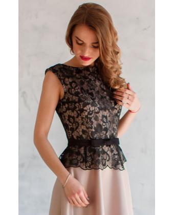 Вечернее платье с атласной юбкой