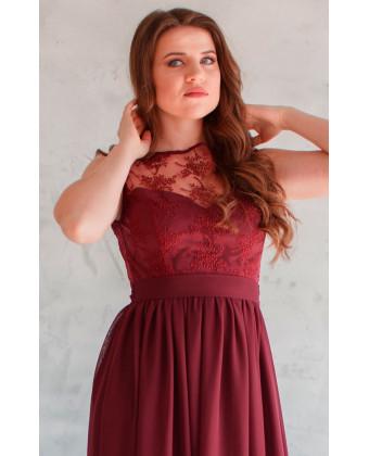 Вечернее платье с кружевом марсала