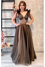 Эффектное вечернее платье с чашечками