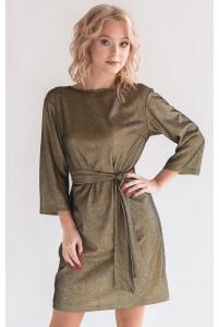 Блестящее платье прямого силуэта