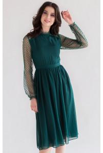 Изумрудное коктейльное платье с рукавом в горошек