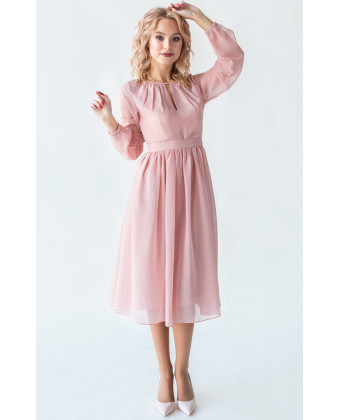 Коктейльное платье с длинным рукавом пудра