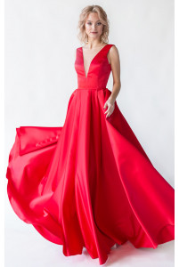Красное вечернее платье с открытой спиной