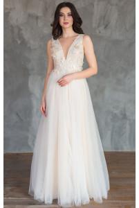 Свадебное платье с цветочным лифом