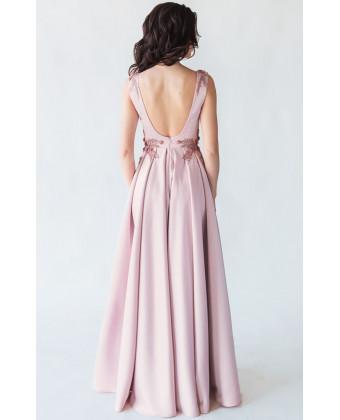 Вечернее платье с открытой спиной пудра