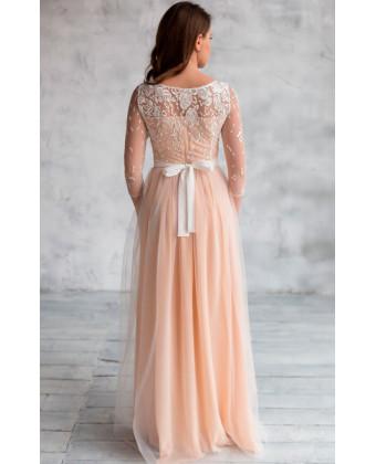 Нюдовое свадебное платье с рукавом