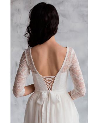 Свадебное платье с кружевными рукавами
