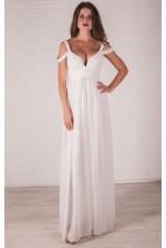 Молочное платье с глубоким декольте