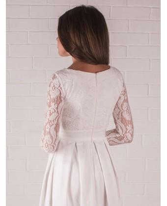 Платье свадебное с кружевом