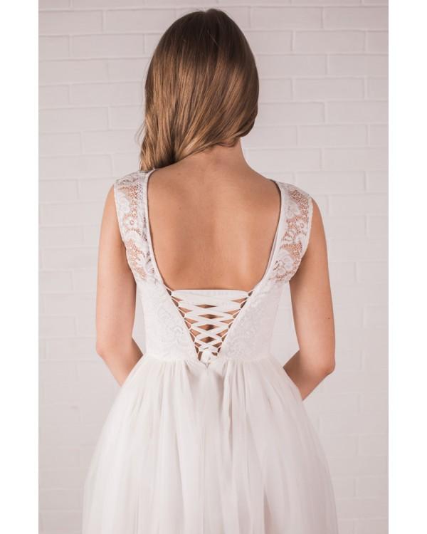 Платье до колена с пышной юбкой купить в Москве и Спб