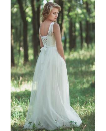 Свадебное с пышной юбкой