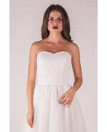 Свадебное платье с корсетом