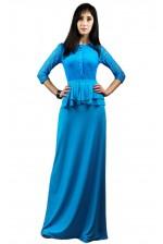 Длинное платье голубого цвета