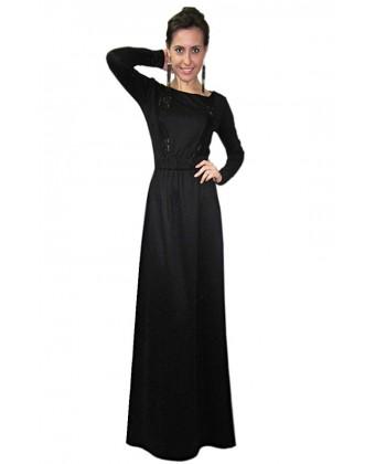 Длинное черное платье с рукавом