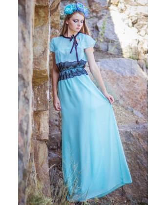 Платье в пол с кружевом по талии