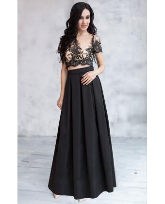 Длинная юбка в складку черная