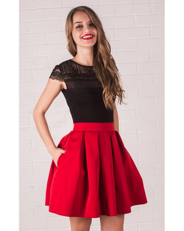 c91b9f4343d Красная юбка в складу короткая купить в интернет-магазине Роял-бутик ...