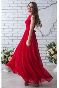 Красное выпускное платье с кружевом